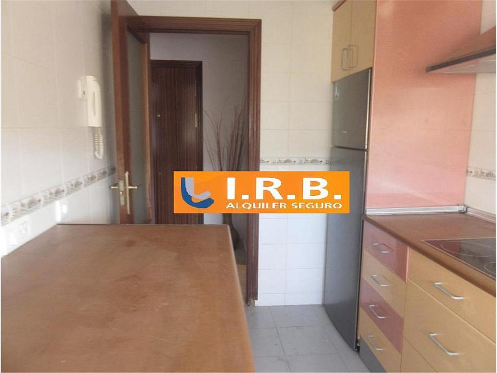 Piso en alquiler en calle Pablo Ruiz Picasso, Huelva - 328161386
