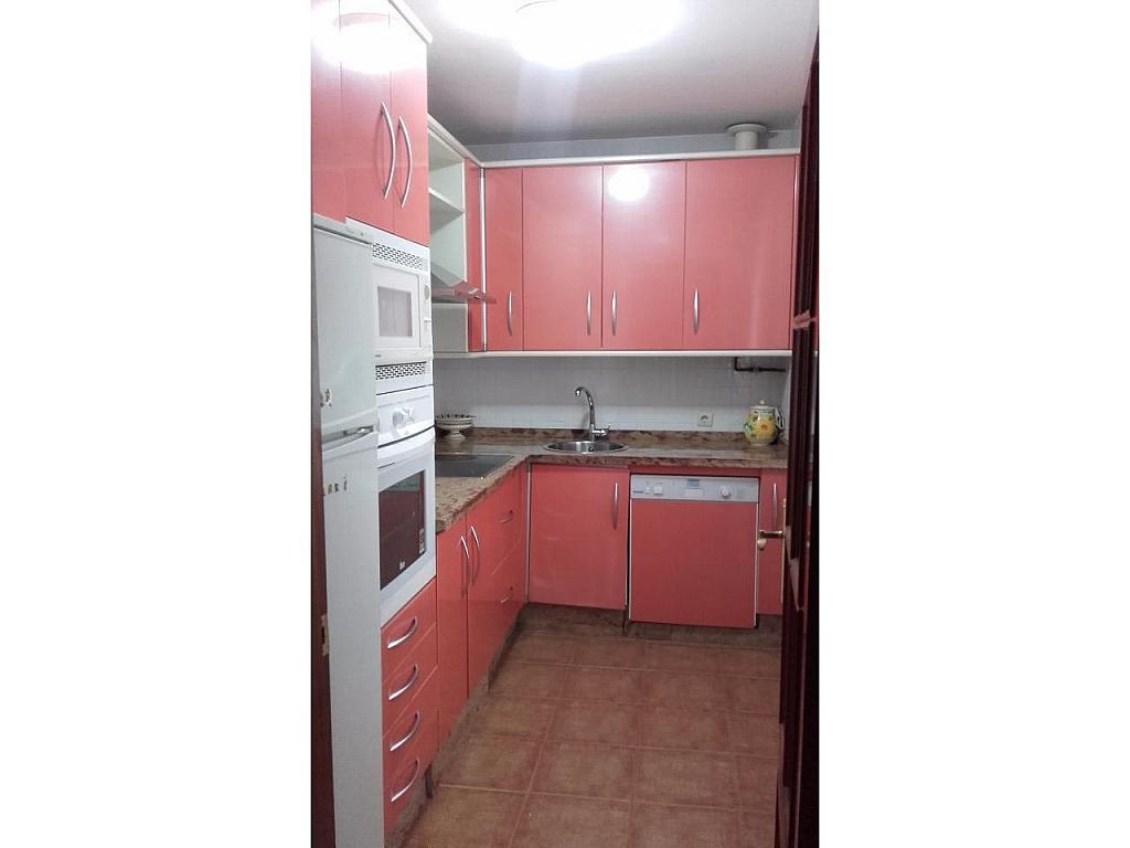Piso en alquiler en calle Escultora Miss Whitney, Huelva - 332137714