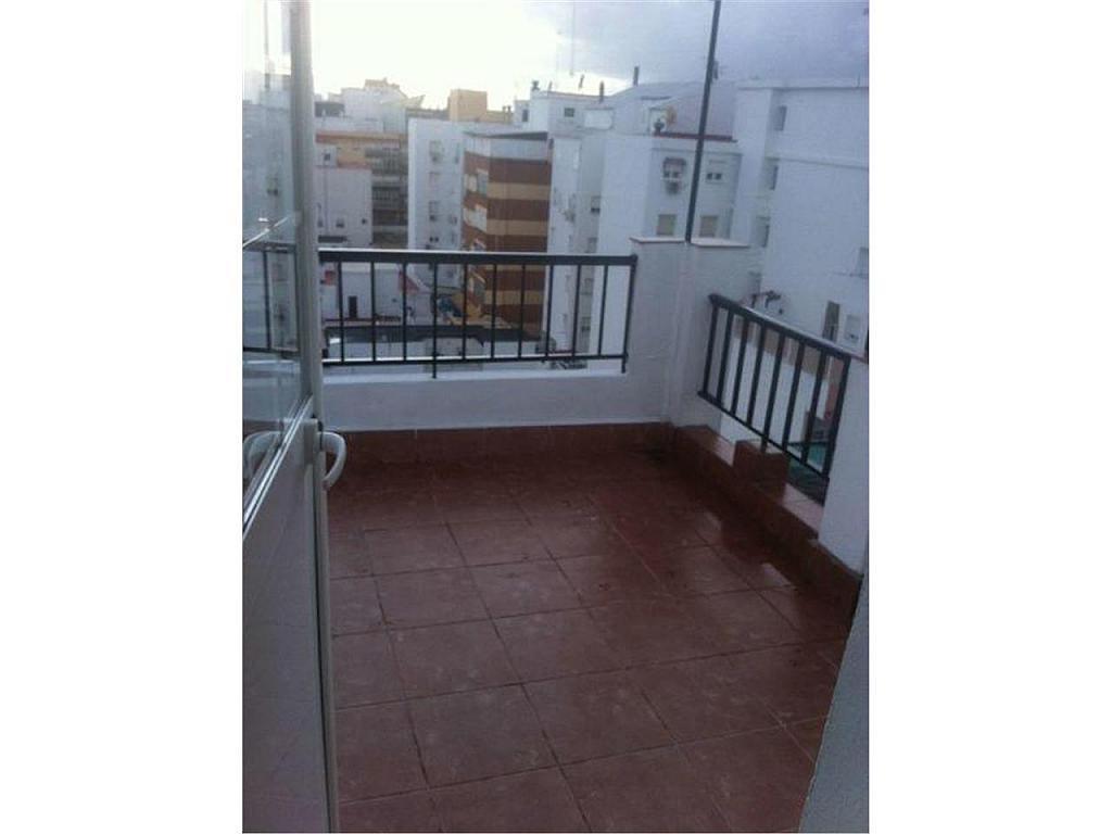 Ático en alquiler en calle Bonares, Huelva - 355459015