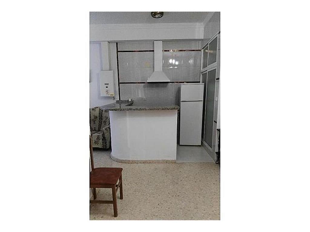 Piso en alquiler en Sanlúcar la Mayor - 384903641
