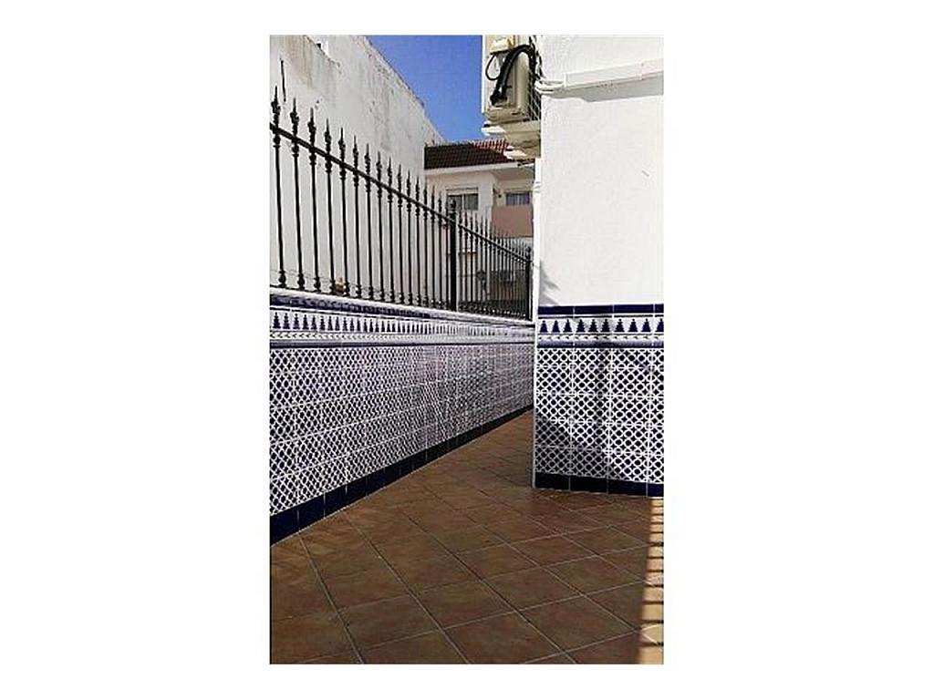 Piso en alquiler en Sanlúcar la Mayor - 384903656