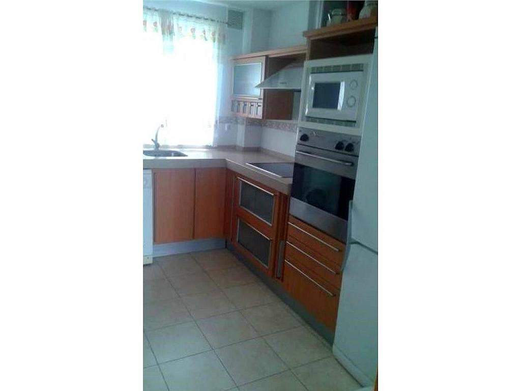 Chalet en alquiler en Chiclana de la Frontera - 326843506