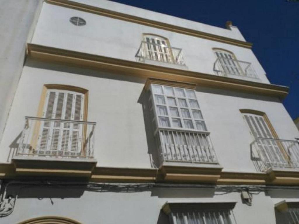 Casa en alquiler en calle General Valdés, San Fernando - 325915843