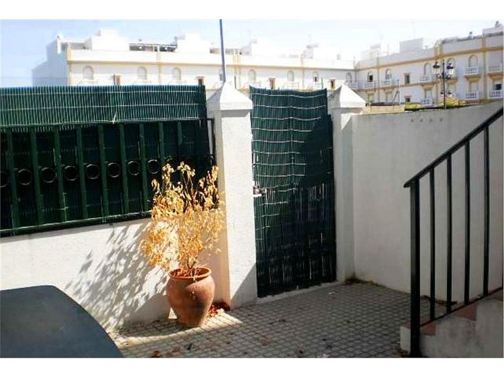 Piso en alquiler en Chiclana de la Frontera - 328678176