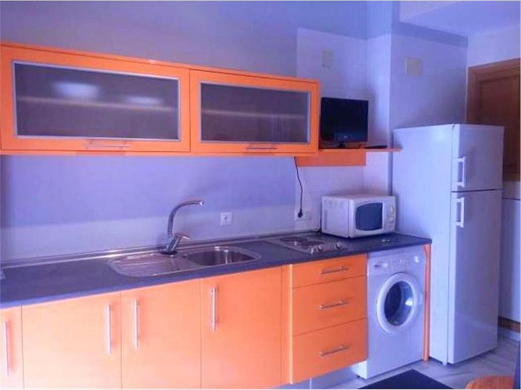 Estudio en alquiler en calle Avila, Jerez de la Frontera - 329685248
