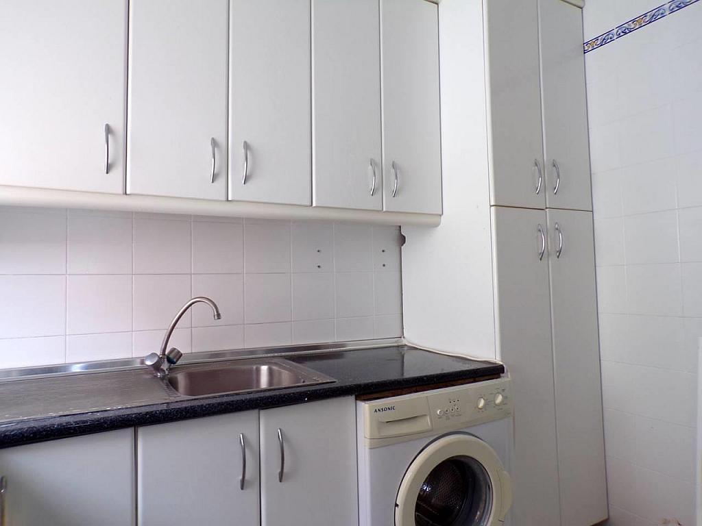 Piso en alquiler en calle Caracolas, Jerez de la Frontera - 330568141