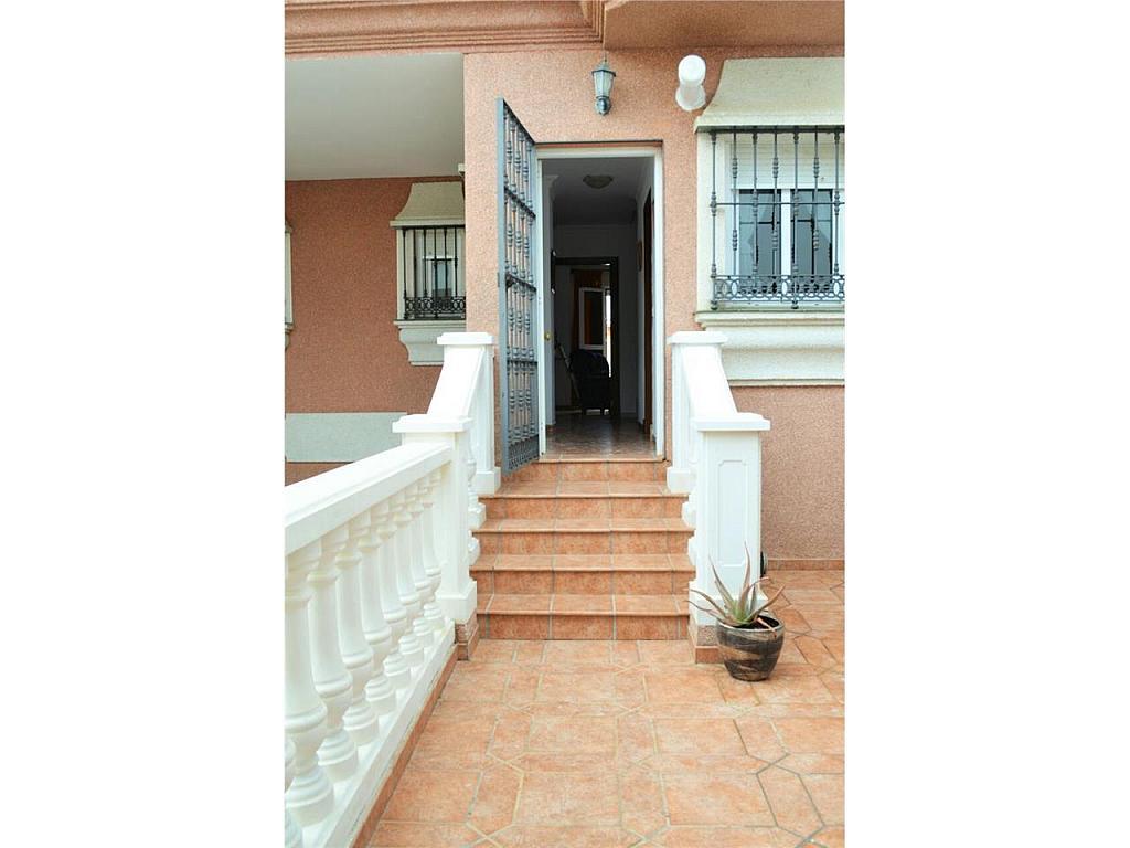 Chalet en alquiler en Chiclana de la Frontera - 368252339