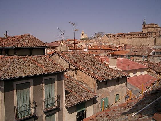 Dúplex en alquiler en calle San Francisco, Segovia - 307464802