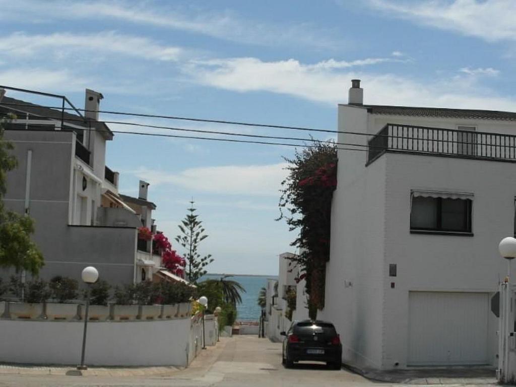Piso en alquiler en calle Odiseu, Alcanar - 342849318