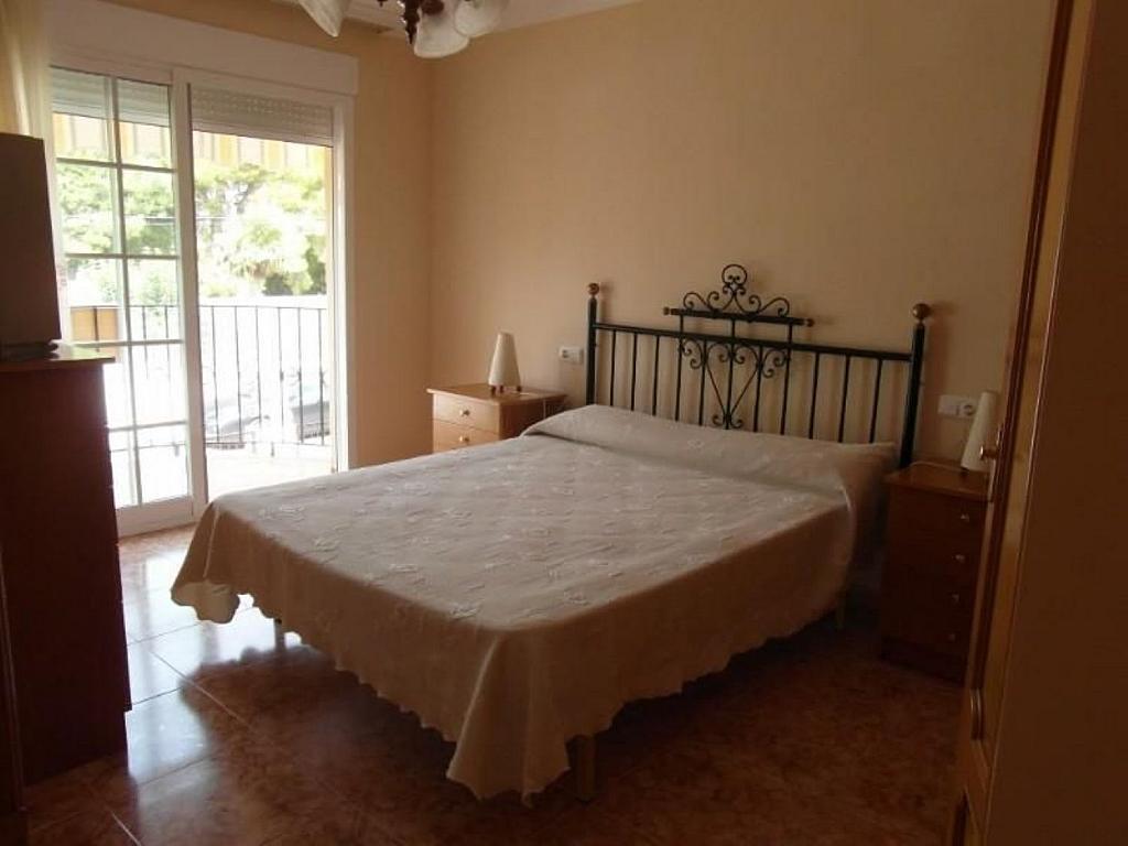 Casa adosada en alquiler en calle Del Marjal, Alcanar - 342846303
