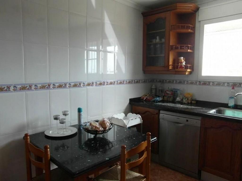 Casa adosada en alquiler en calle Del Marjal, Alcanar - 342846330