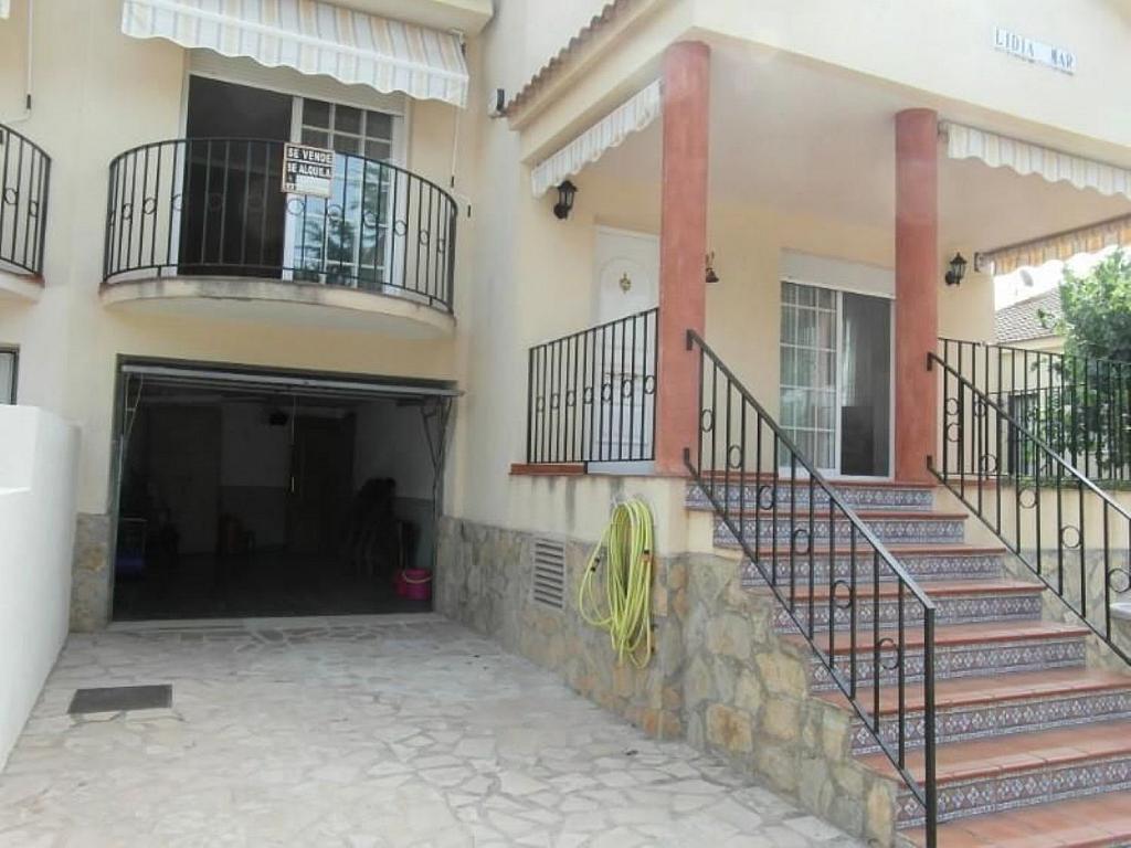 Casa adosada en alquiler en calle Del Marjal, Alcanar - 342846339