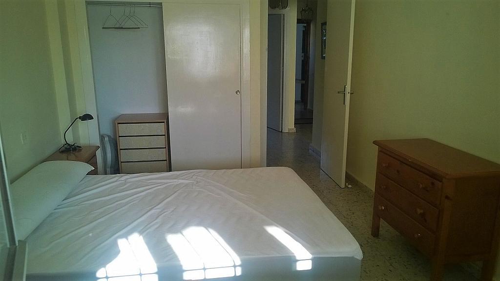 Piso en alquiler en calle Carril de Villodres, Pedania Torre de Benagalbon en Rincón de la Victoria - 325292328