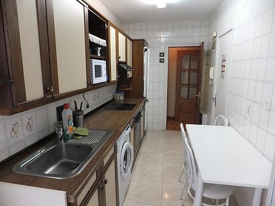 Piso en alquiler en calle Vuelta del Castillo, Pamplona/Iruña - 316363738