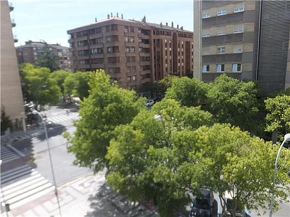 Piso en alquiler en calle Esquiroz, Iturrama en Pamplona/Iruña - 316368502