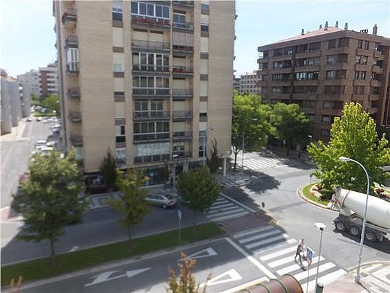 Piso en alquiler en calle Esquiroz, Iturrama en Pamplona/Iruña - 316368547