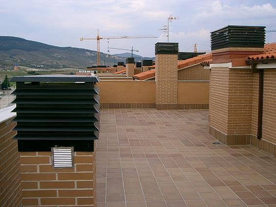 Ático en alquiler en paseo Santa Lucia, Rochapea en Pamplona/Iruña - 326832247