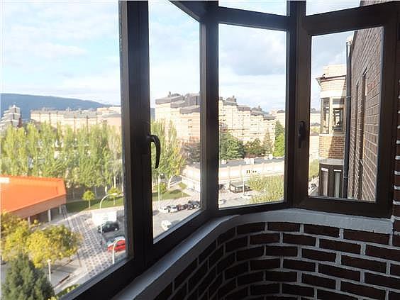 Piso en alquiler en calle Pedro Malon de Chaide, Ermitagaña-Mendebaldea en Pamplona/Iruña - 331644210