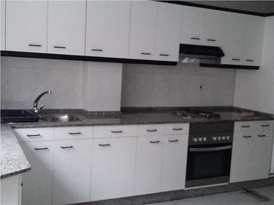 Piso en alquiler en calle Rio Allones, Carballo - 324024595