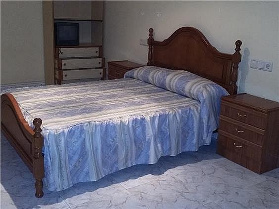 Piso en alquiler en calle Pontevedra, Carballo - 329680283