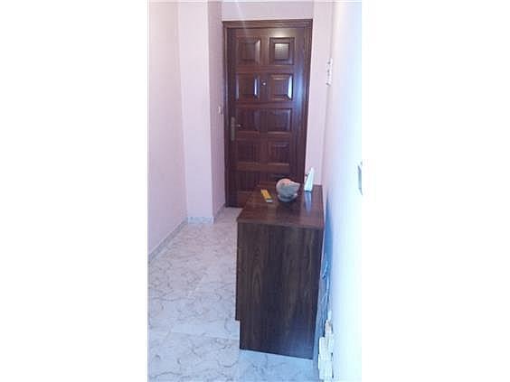 Piso en alquiler en calle Pontevedra, Carballo - 329680289