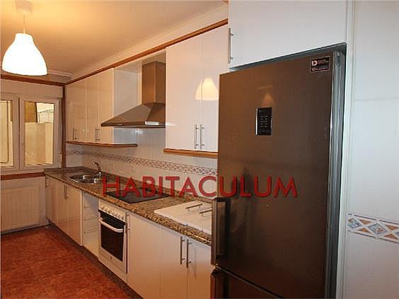 Piso en alquiler en calle Amado Garra, Ponteareas - 327706965