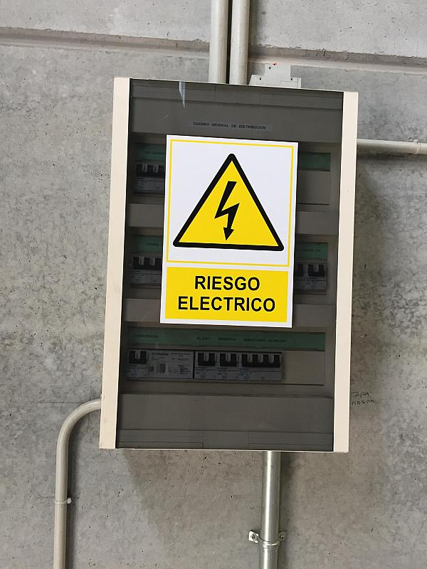 Nave industrial en alquiler en calle Carles Bohigues, Santa Eulàlia de Ronçana - 326271782