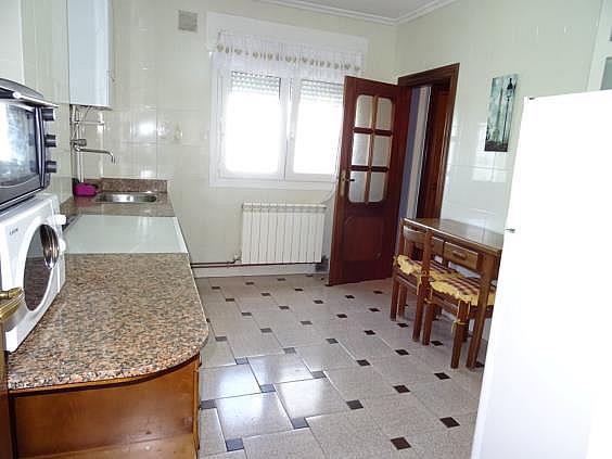 Piso en alquiler en calle Parroco Fernandez Pedrera, Siero - 318909482