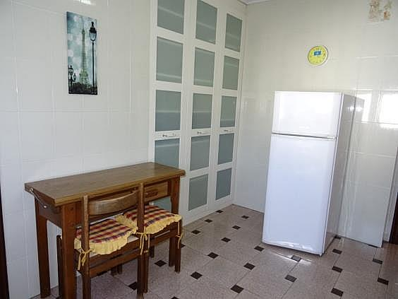 Piso en alquiler en calle Parroco Fernandez Pedrera, Siero - 318909485