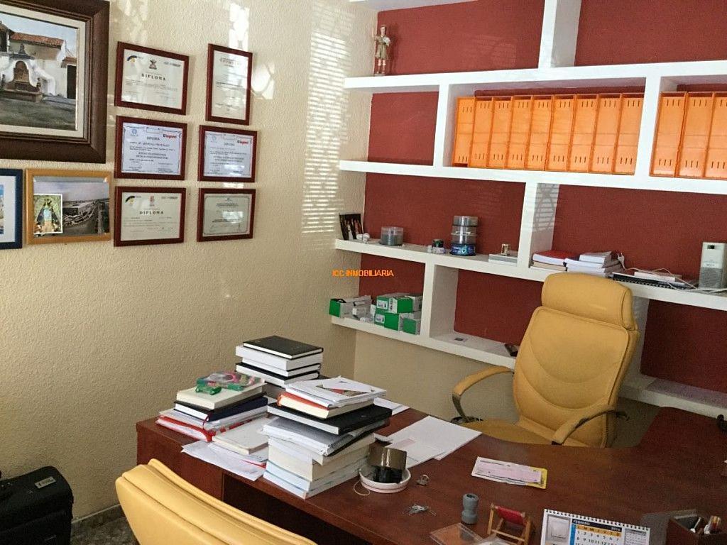 Local comercial en alquiler en Centro en Córdoba - 342684345