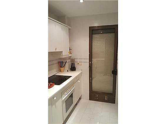 Piso en alquiler en calle Francisco Abril, Adelfas en Madrid - 331067195