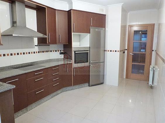 Piso en alquiler en calle Antonio Rios, Los Castros-Castrillón-Eiris en Coruña (A) - 322116230