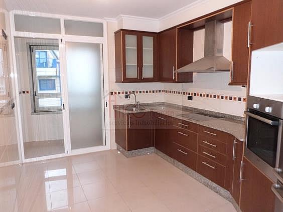 Piso en alquiler en calle Antonio Rios, Los Castros-Castrillón-Eiris en Coruña (A) - 322116242