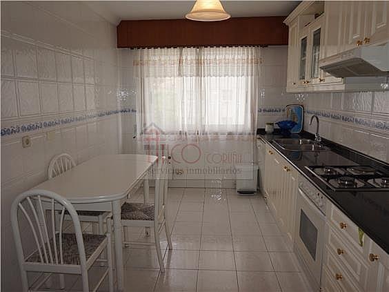 Piso en alquiler en calle Rianxo, Cuatro Caminos-Plaza de la Cubela en Coruña (A) - 322121831