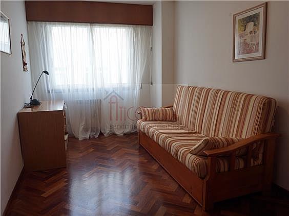Piso en alquiler en calle Rianxo, Cuatro Caminos-Plaza de la Cubela en Coruña (A) - 322121840