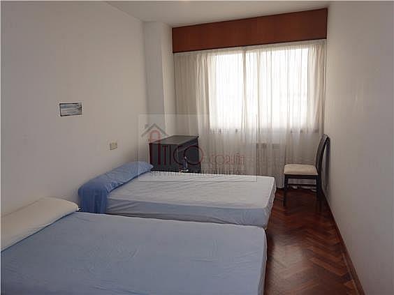 Piso en alquiler en calle Rianxo, Cuatro Caminos-Plaza de la Cubela en Coruña (A) - 322121846