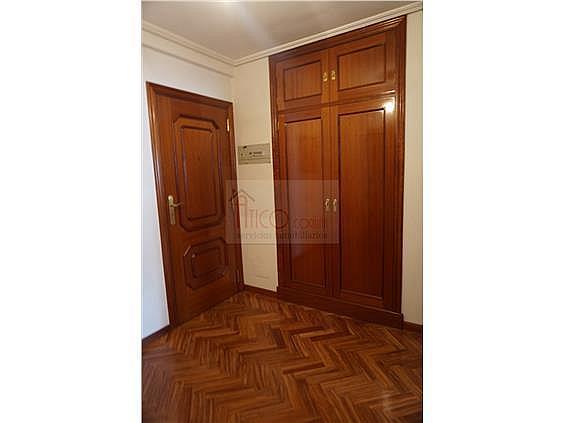 Piso en alquiler en calle Rianxo, Cuatro Caminos-Plaza de la Cubela en Coruña (A) - 322121855