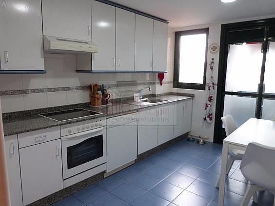 Piso en alquiler en calle Manuel Azaña, Culleredo - 331836088