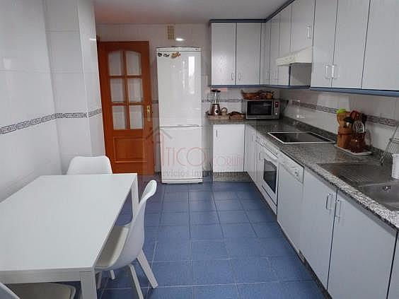 Piso en alquiler en calle Manuel Azaña, Culleredo - 331836091