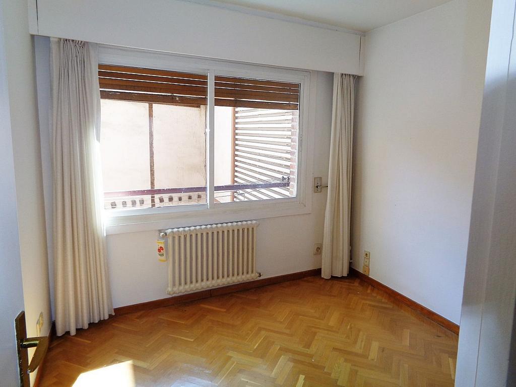 Piso en alquiler en calle Noblejas, Palacio en Madrid - 358648702