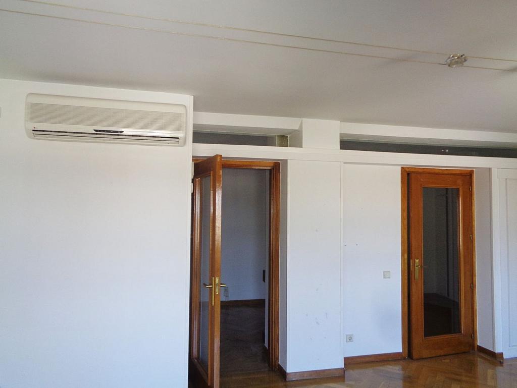 Piso en alquiler en calle Noblejas, Palacio en Madrid - 358648726