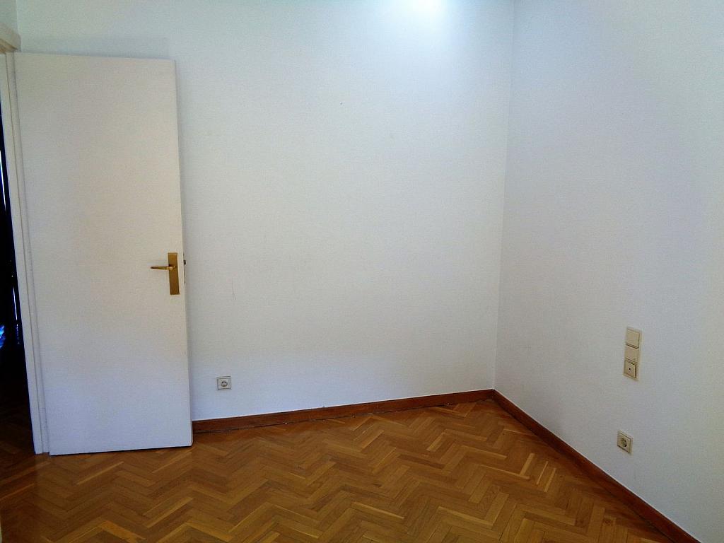 Piso en alquiler en calle Noblejas, Palacio en Madrid - 358648744