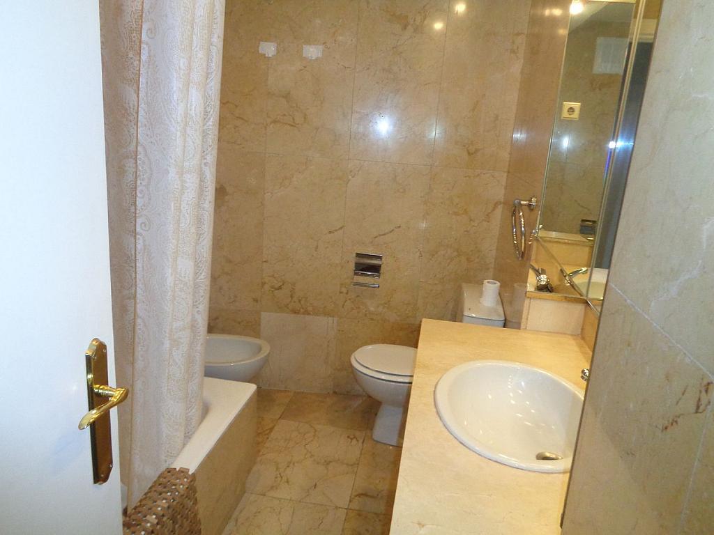 Piso en alquiler en calle Noblejas, Palacio en Madrid - 358648768