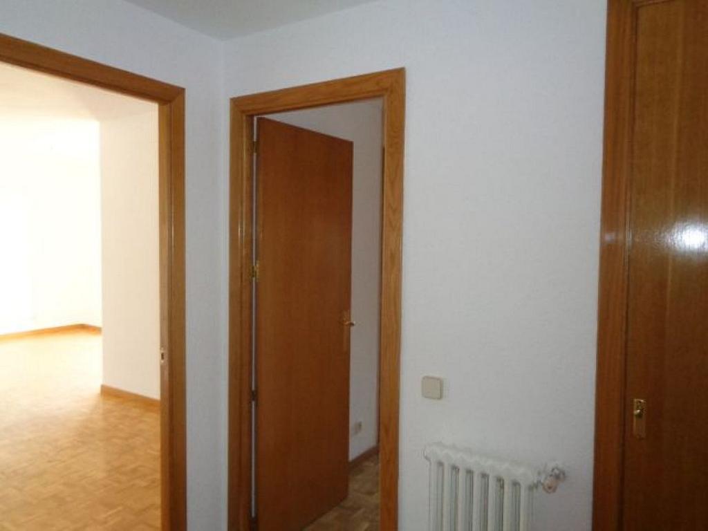 Piso en alquiler en calle De Torrelaguna, San Pascual en Madrid - 325753428