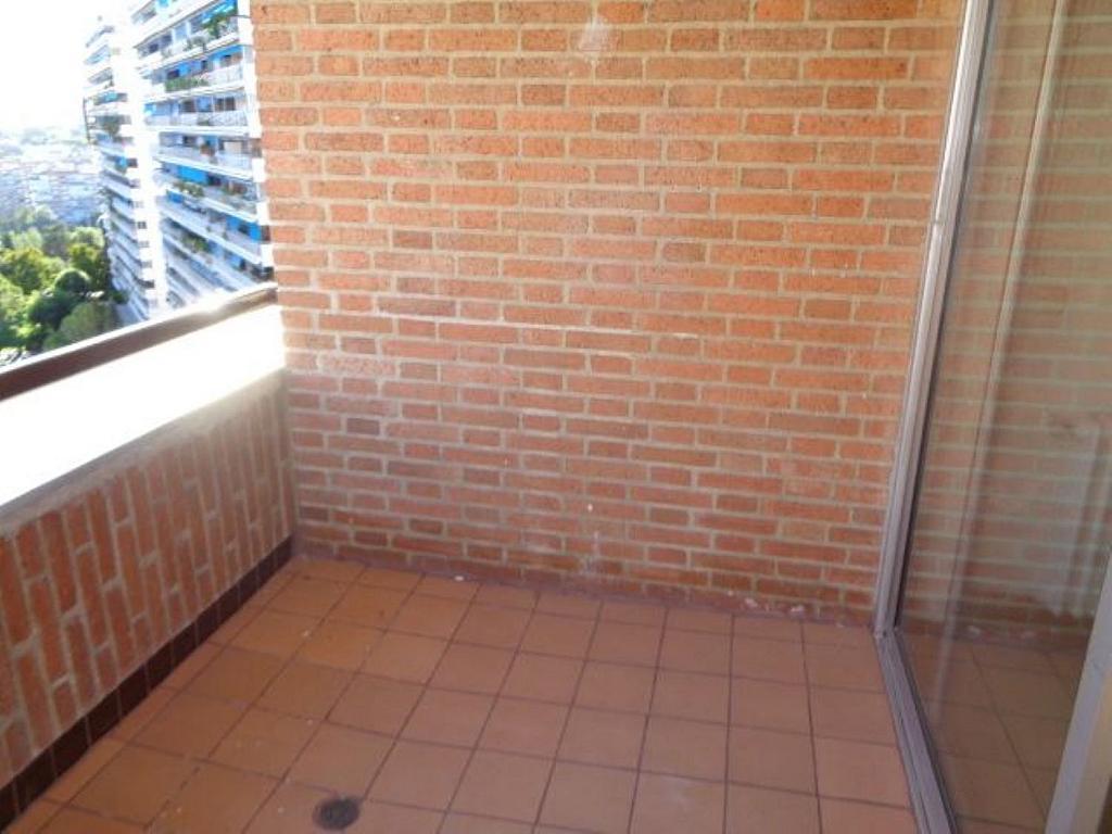 Piso en alquiler en calle De Torrelaguna, San Pascual en Madrid - 325753464