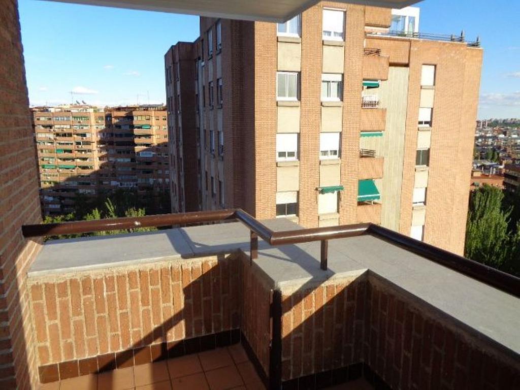 Piso en alquiler en calle De Torrelaguna, San Pascual en Madrid - 325753467