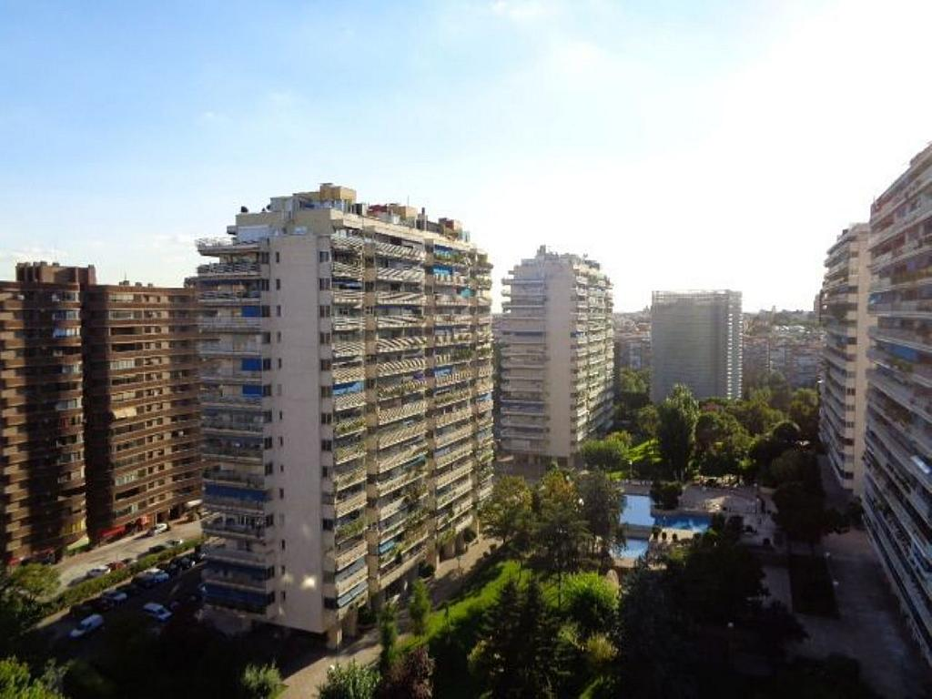 Piso en alquiler en calle De Torrelaguna, San Pascual en Madrid - 325753473