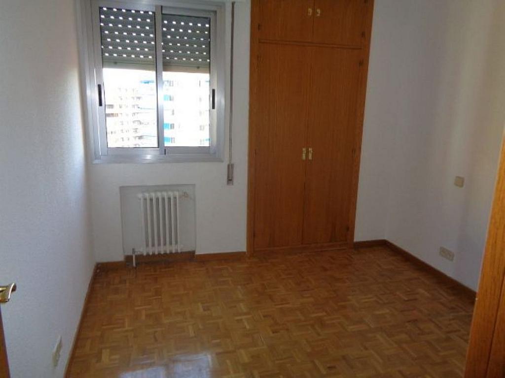 Piso en alquiler en calle De Torrelaguna, San Pascual en Madrid - 325753494