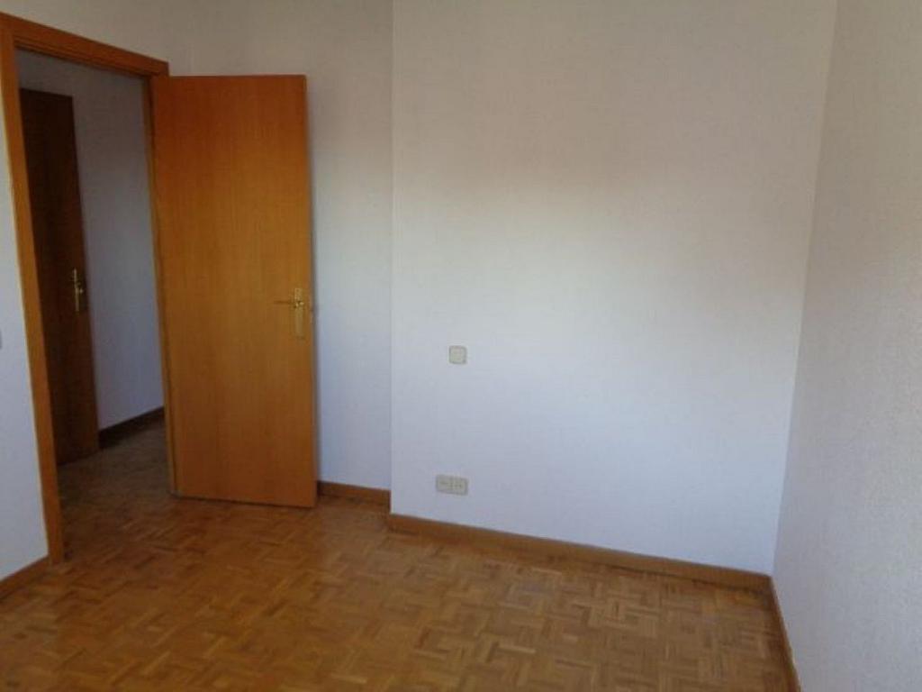 Piso en alquiler en calle De Torrelaguna, San Pascual en Madrid - 325753509