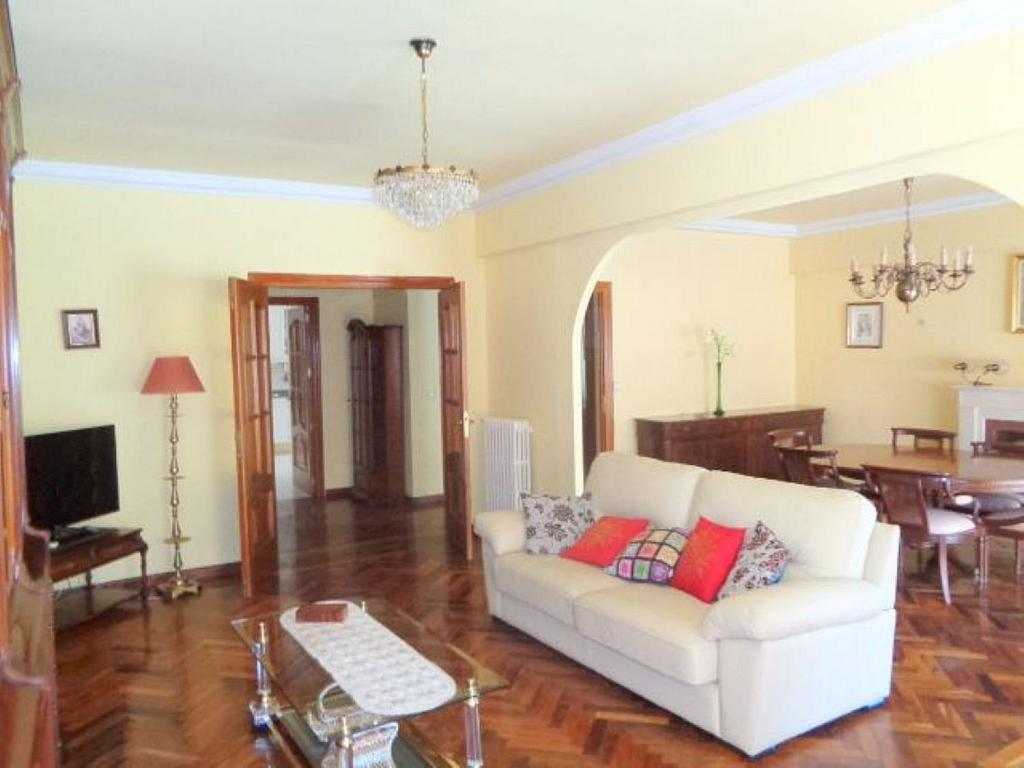 Piso en alquiler en calle Del Capitán Haya, Tetuán en Madrid - 325843186